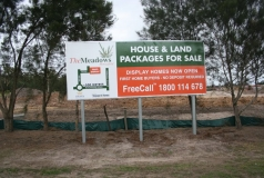 Morayfield billboard sign