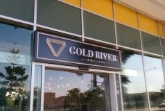Gold River Jeweller Signs North Lakes