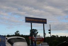 Giant Pylon Signs Brisbane